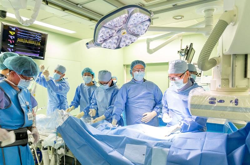 手術 カテーテル アブレーション カテーテルアブレーションの適応および利点と不利益について